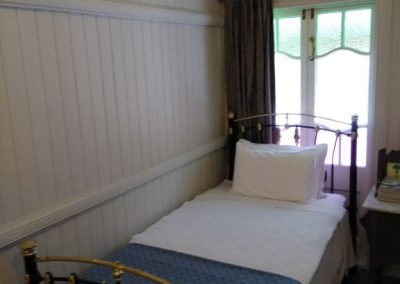 King Single, Low Four Poster for Brisbane Bed and Breakfast